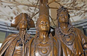 """Allies In War Partners In Peace"" statue depicting Oneida Chief Shenendoah, Oneida woman Polly Cooper and General George Washington"